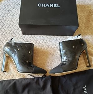Chanel Limited Edition Boots CC Logo 40EU/10US